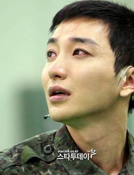 لی توک گریان