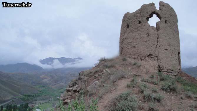 تصویری از برج دیدبانی روستای سرود در شهرستان کلات نادر