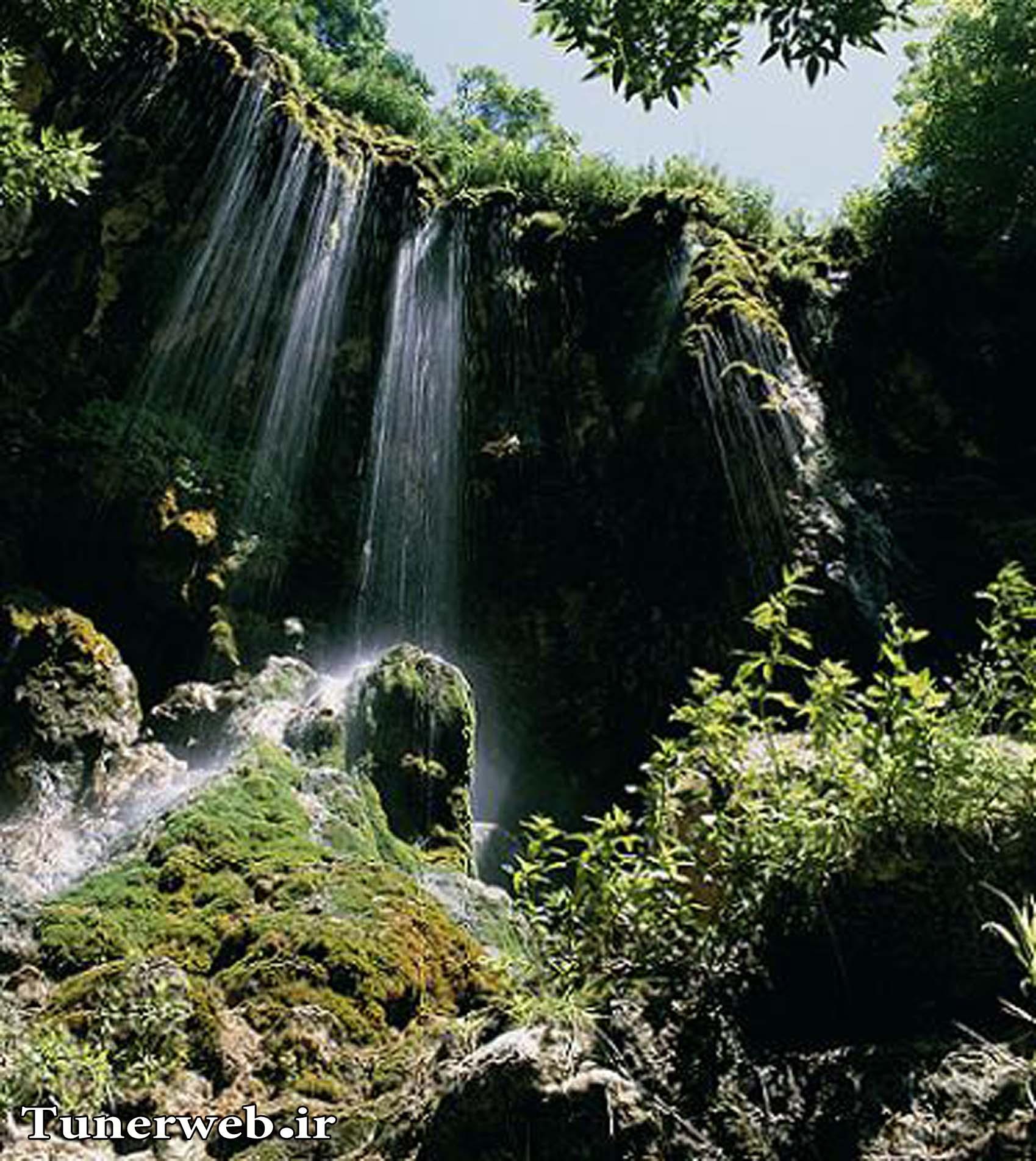 تصاویری از مسیر آبشار ارتکند کلات نادر
