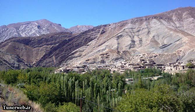 نمایی از روستای حمام قلعه کلات نادر