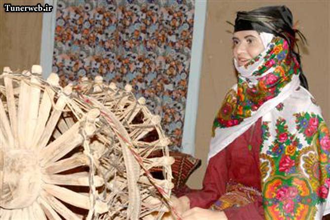 تصویری از غرفه فنون و بافته های موزه ی مردم شناسی شهرستان کلات نادر