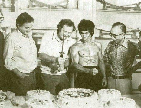 عکس بروس لی در آخرین جشن تولدش! , چهره های معروف