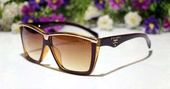 عینک آفتابی اصل prada کت آیز