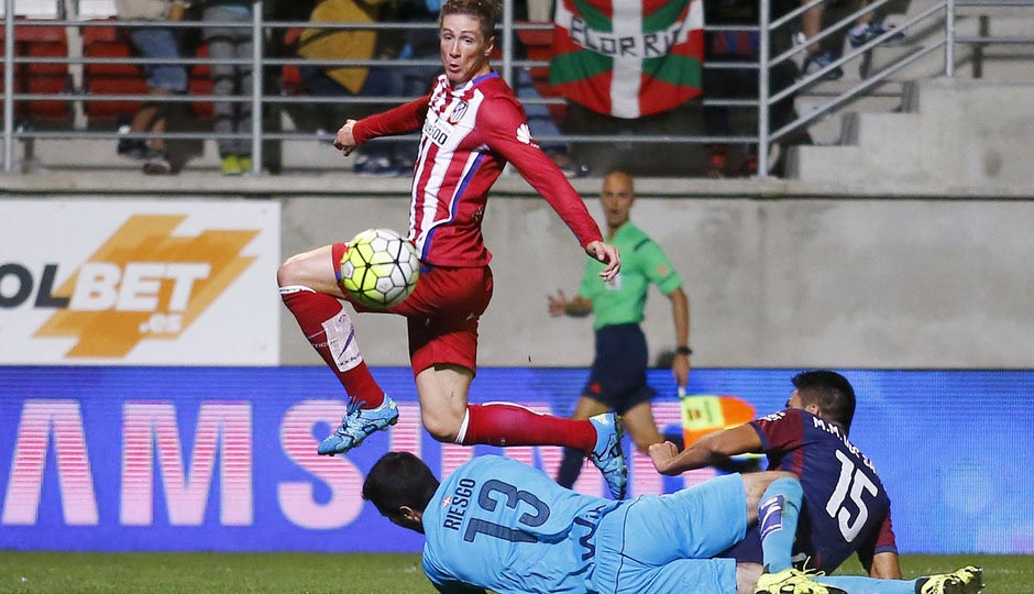 http://s3.picofile.com/file/8213013750/Fernando_Torres_Goal_against_Eibar_By_F9Tfans_ir.jpg