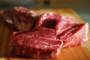 گوشت شتر و بز خاصیت دارد؟ , رژیم وتغذیه