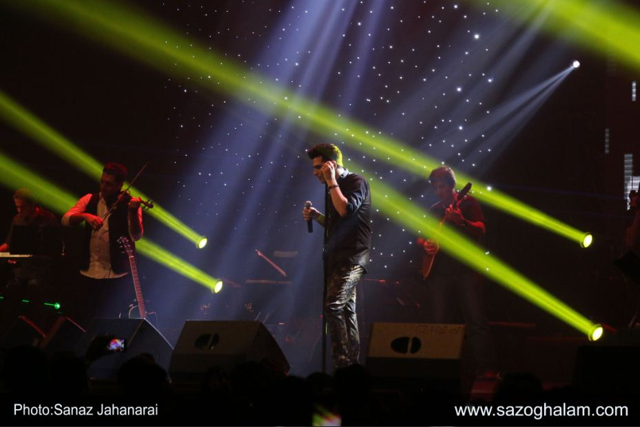 سری سوم تصاویر کنسرت 7 مهر 94 حمید عسکری