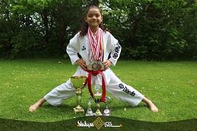 مهتاب رستمی دختر 9 ساله افغانستانی، کسب مقام سوم مسابقات جهانی تکواندو