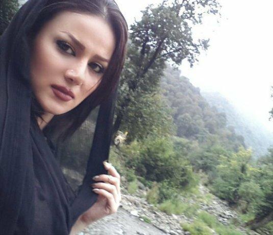 http://s3.picofile.com/file/8219794018/www_bartarpix_ir_sohila_hadizadeh_2_.jpg