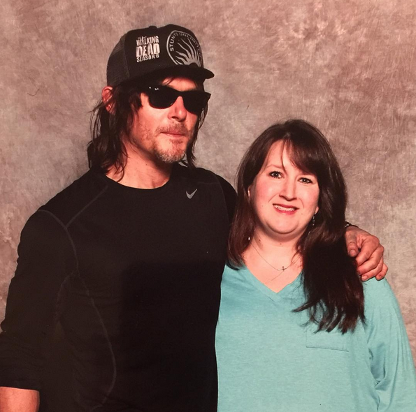 http://s3.picofile.com/file/8221008700/2015_11_04_23_49_33_kathleen424_on_Instagram_%E2%80%9Cand_then_there_is_bigbaldhead_aka_daryldixon_sexy_m.png