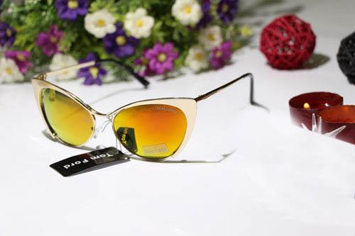 خرید عینک آفتابی تام فورد چیتا شیشه آتشی