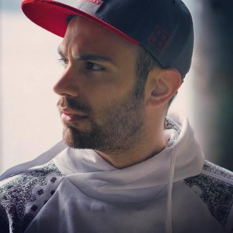 دانلود موزیک ویدیوی جدید محمد بی باک و تی دی به نام سردرگم