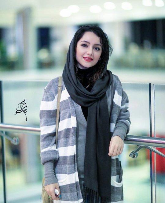 http://s3.picofile.com/file/8223976942/www_bartarpix_ir_nazanin_bayati_2_.jpg