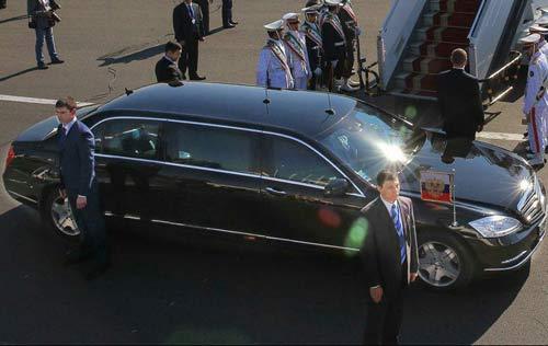 ورود پوتین با امن ترین ماشین جهان به ایران , اخبار گوناگون