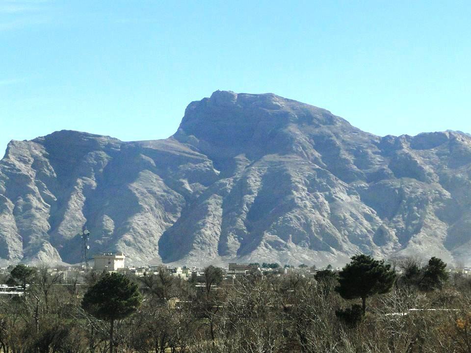 کوه دملا