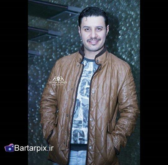 http://s3.picofile.com/file/8228328276/www_Baratarpix_ir_javad_ezati_va_mahlaga_bageri_dar_modat_malom_7_.jpg