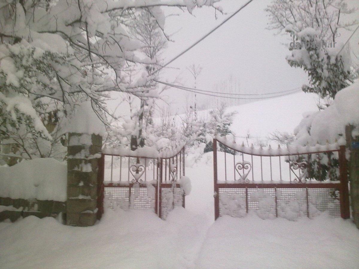 barf darbagh ir 12 32  برف دارباغ 12 بهمن 92