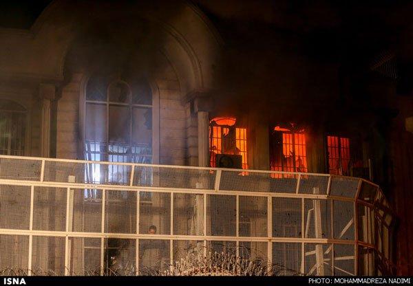 سفارت عربستان در تهران در آتش خشم ایرانی ها سوخت , حوادث