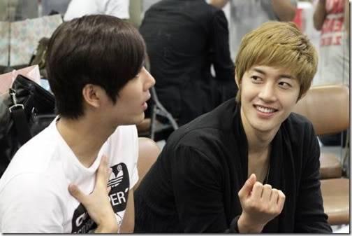 KHJ Visited Kyu Jong @ Goong Musical rehearsal 2011.09.03
