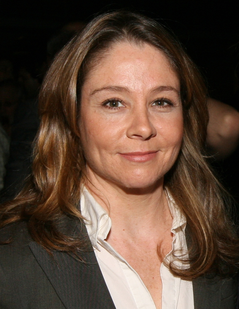 http://s3.picofile.com/file/8231690826/Megan_Follows_1.jpg
