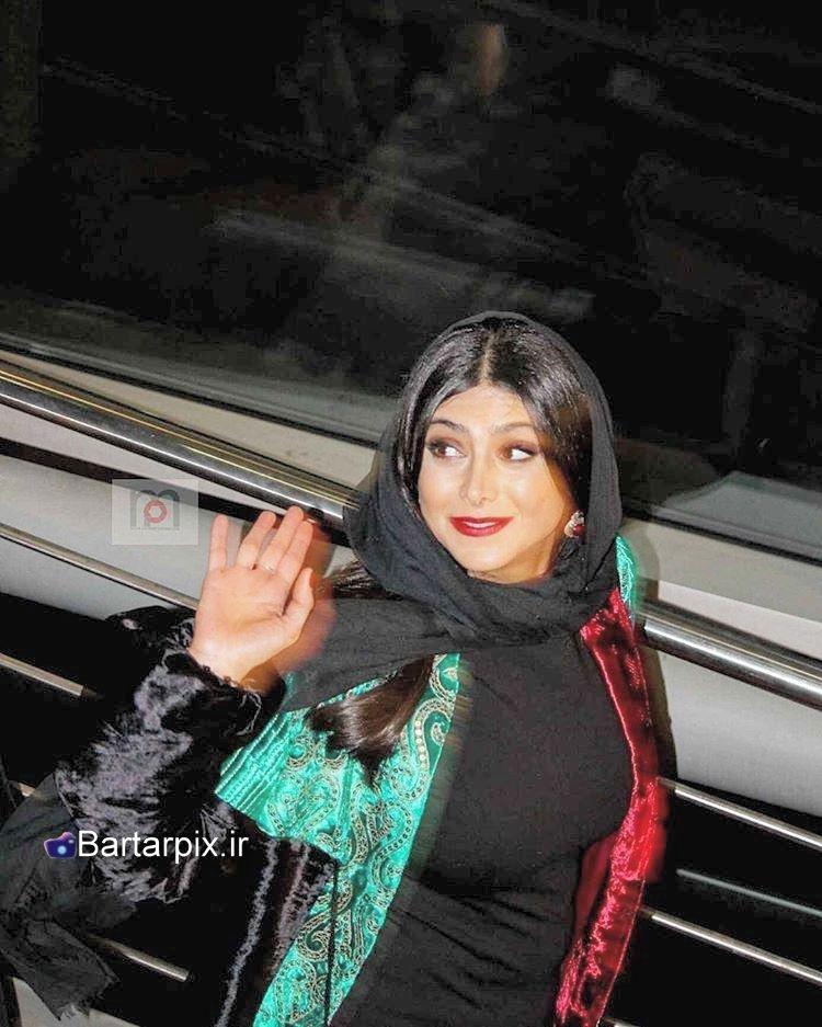 http://s3.picofile.com/file/8285145150/www_bartarpix_ir_azadeh_samadi_fajr_festival_95_1_.jpg