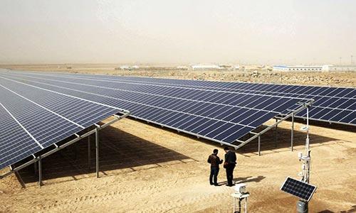 کشف علت افت توان پنلهای خورشیدی پس از ۴۰ سال