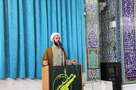 امام جمعه آستارا اجرای امر به معروف و نهی از منکر را خواستار شد