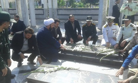 مزار شهدای آستارا به مناسبت هفته ناجا گلباران شد