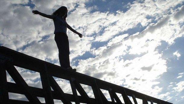 خودکشی دختر اردبیلی در رشت