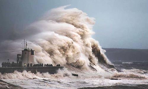 گزارش اقلیمی جدید از احتمال افزایش یکمتری آب دریاها تا سال ۲۱۰۰ خبر میدهد